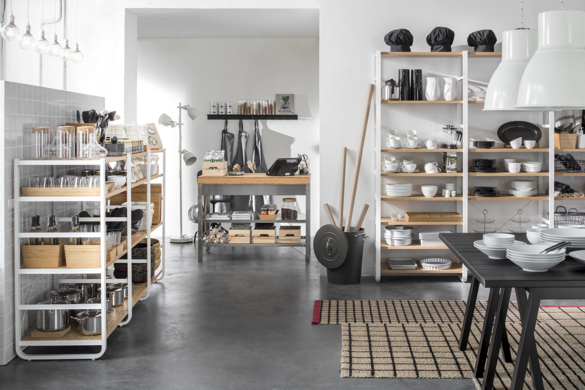 Elvarli: Negozio utensili per cucina - Fotografo Brescia Ottavio ...