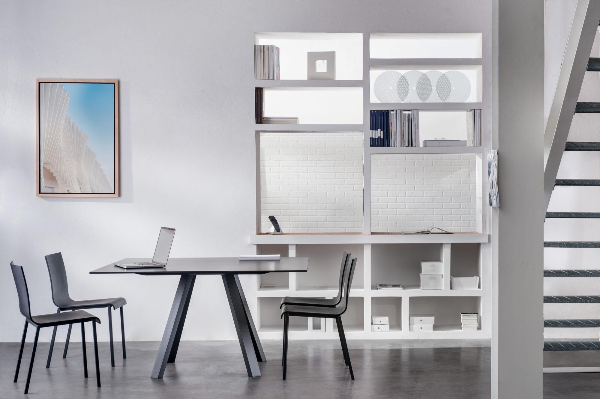 Sedia kuadra e tavolo arki table fotografo brescia for Pedrali arredamento