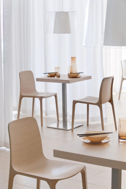 Sedia frida e tavolo inox fotografo brescia ottavio tomasini for Pedrali arredamento